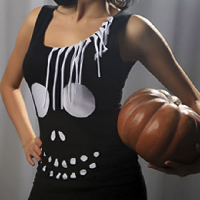 diy halloween costumes handmade woman pirate style scull t-shirt