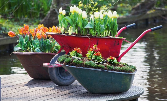12 ideas for cheap and simple homemade garden decorations