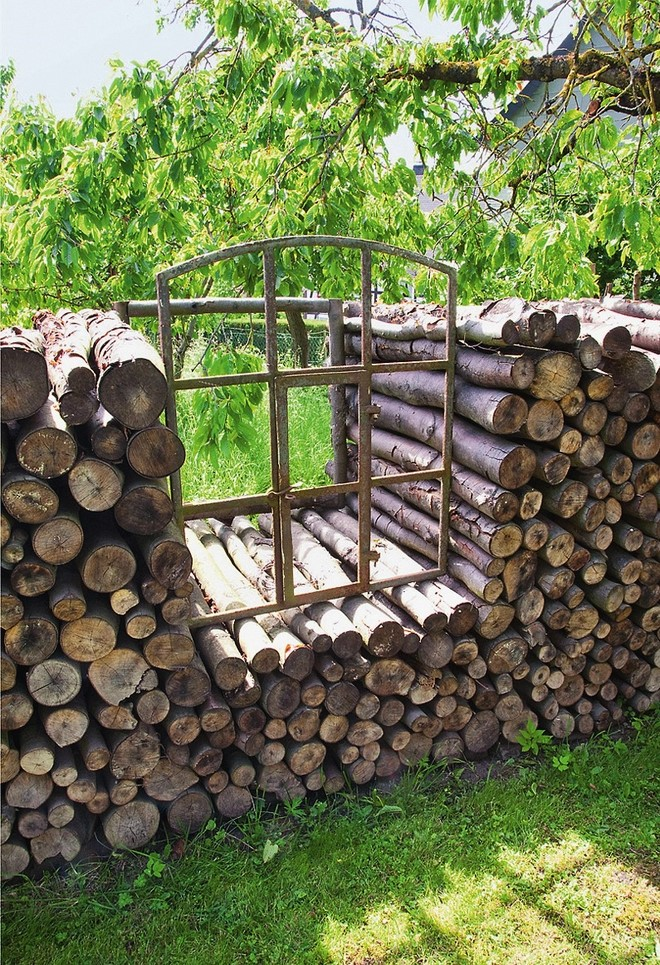 how-to-decorate-garden-with-waste-material-firewood-decorative-storage
