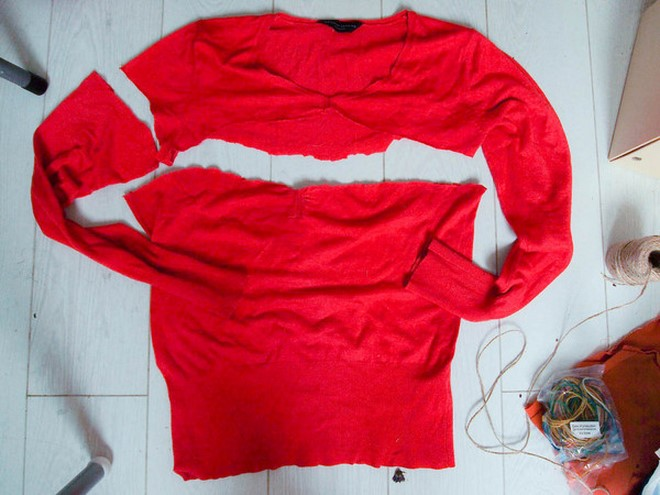 how-to-make-pumpkins-out-of-a-sweater-red-cutting