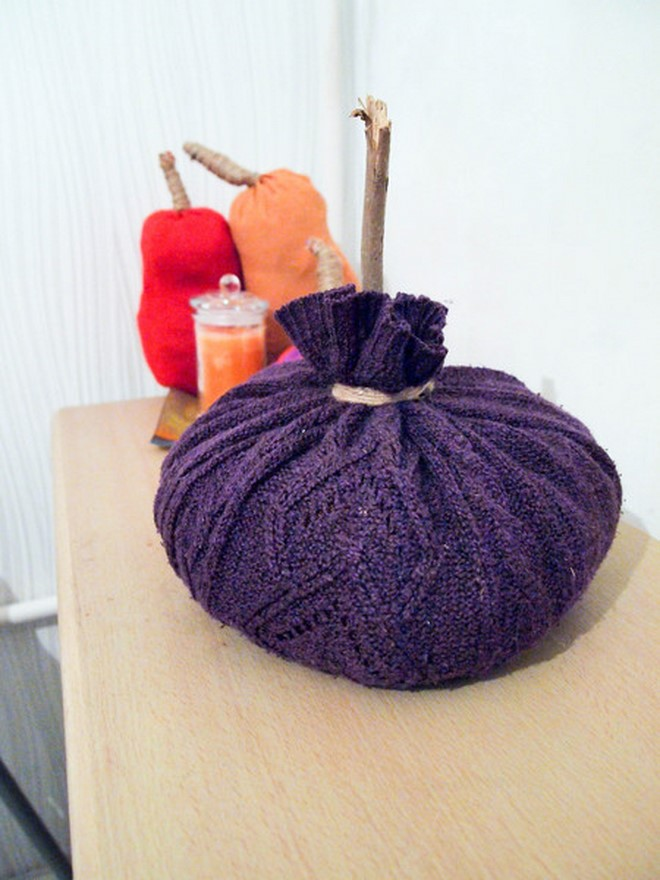 sweater-pumpkins-no-sew-purple-twig