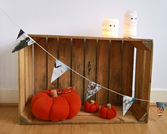 sweet-sweater-pumpkins-orange-wine-corks-wooden-crate-decor-rustic