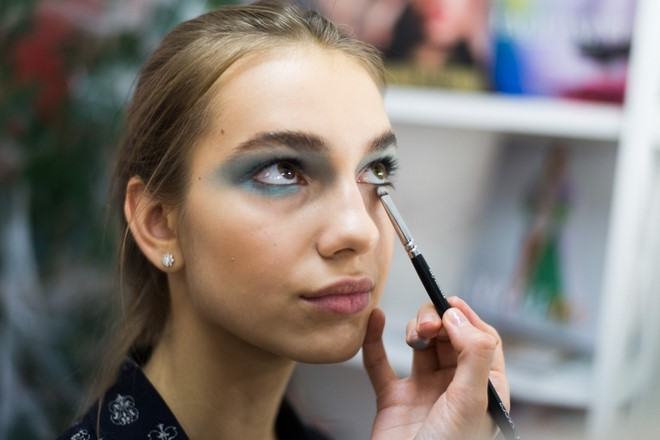 blue mermaid eyeshadows cute look