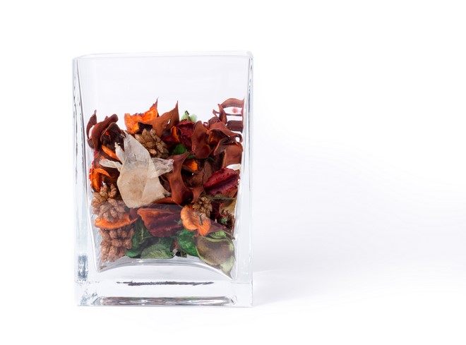 fall-decorating-with-natural-materials-backfill-dried-fruits-transparent-container-easy-fall-arranging