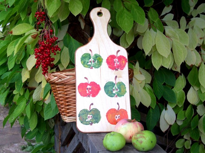 kitchen-accessories-natural-fall-decorations-fruits-and-vegetables-prints