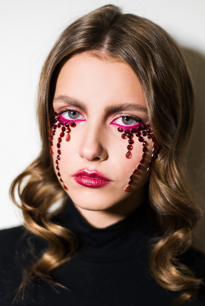 last minute halloween makeup tutorial vampire blood tears rhinestones