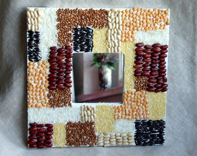 unique-harvest-fall-decorations-diy-mirror-frame-different-seeds-mosaic-decor-technique