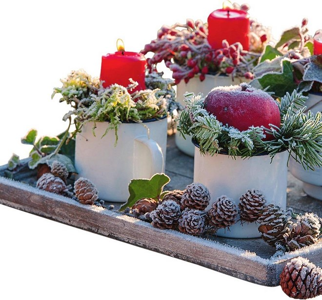 beautiful outdoor christmas decor diy mug candle holders apples wrapped in pine branches or moss