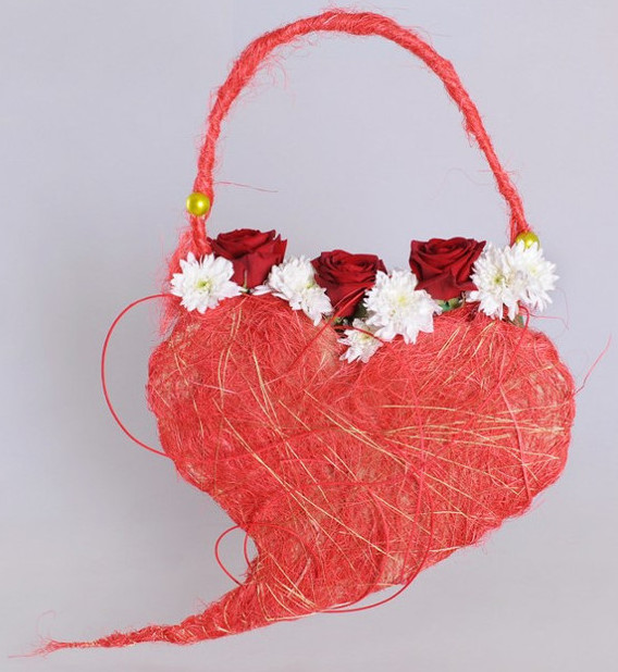 diy lady's bag of roses valentine's day flower gifts idea