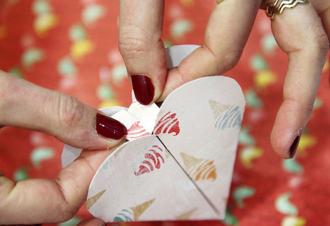 heart shaped gift box making