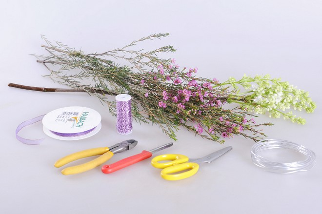 cheap diy flower arrangement wreath