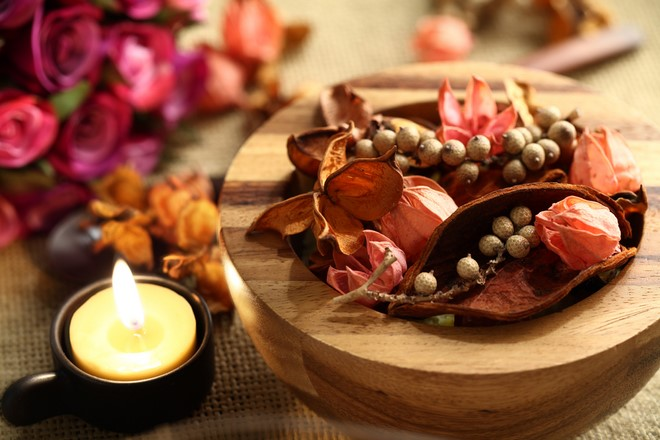 natural fall decor at home potpourri dried flowers in wood bowl candles