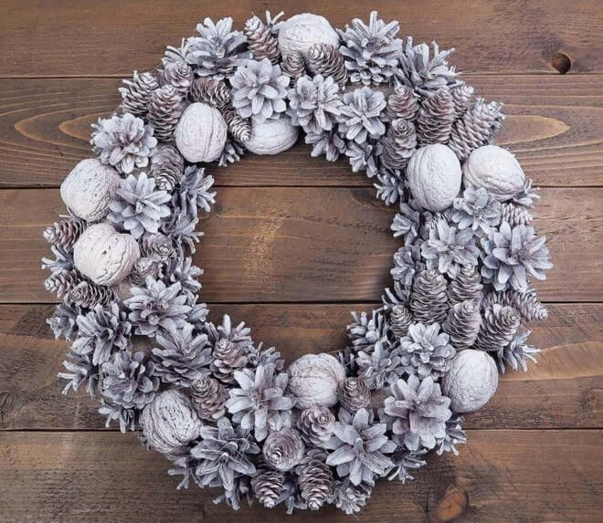 diy styrofoam christmas wreath white spray freeze effect