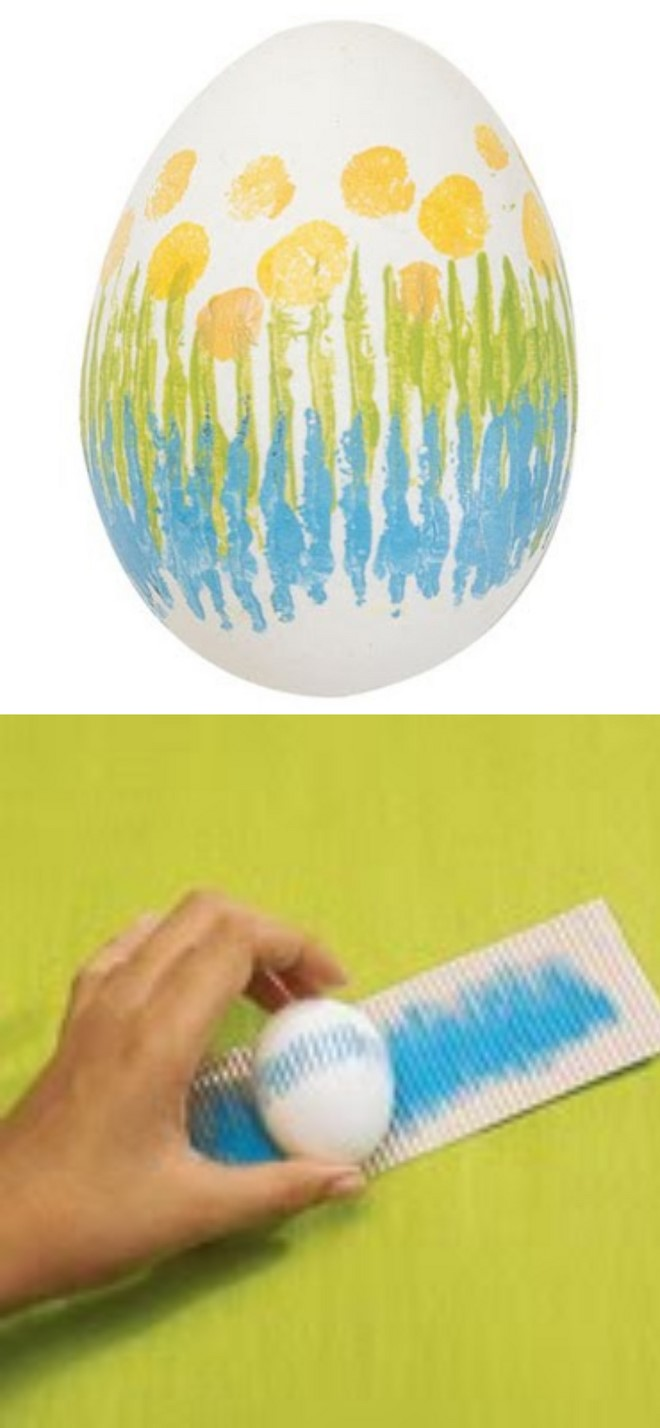 painting easter eggs with acrylic and corrugated cardboard